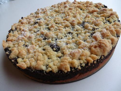 Mohnkuchen aus Hefeteig mit Streusel