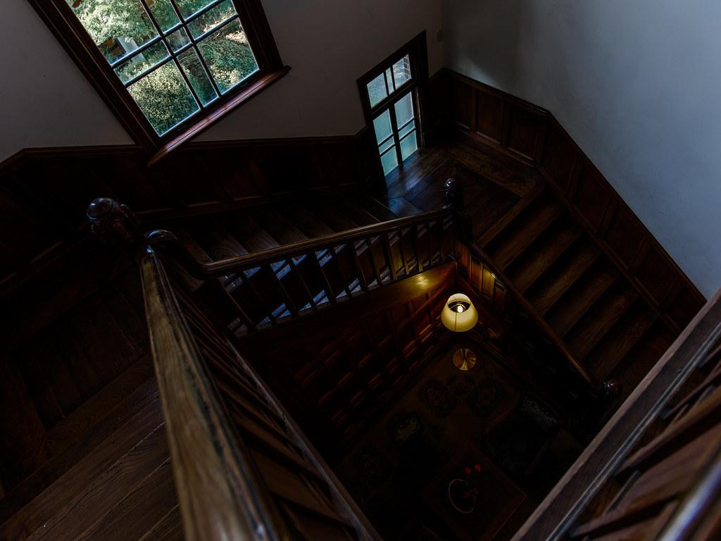 旧石川組製糸西洋館_階段