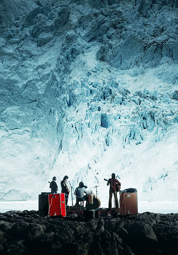 『サウンド・オブ・レボリューション~グリーンランドの夜明け』より