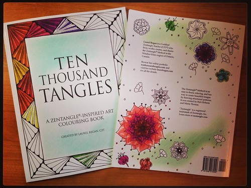 Ten Thousand Tangles: A Zentangle-Inspired Art Colouring Book