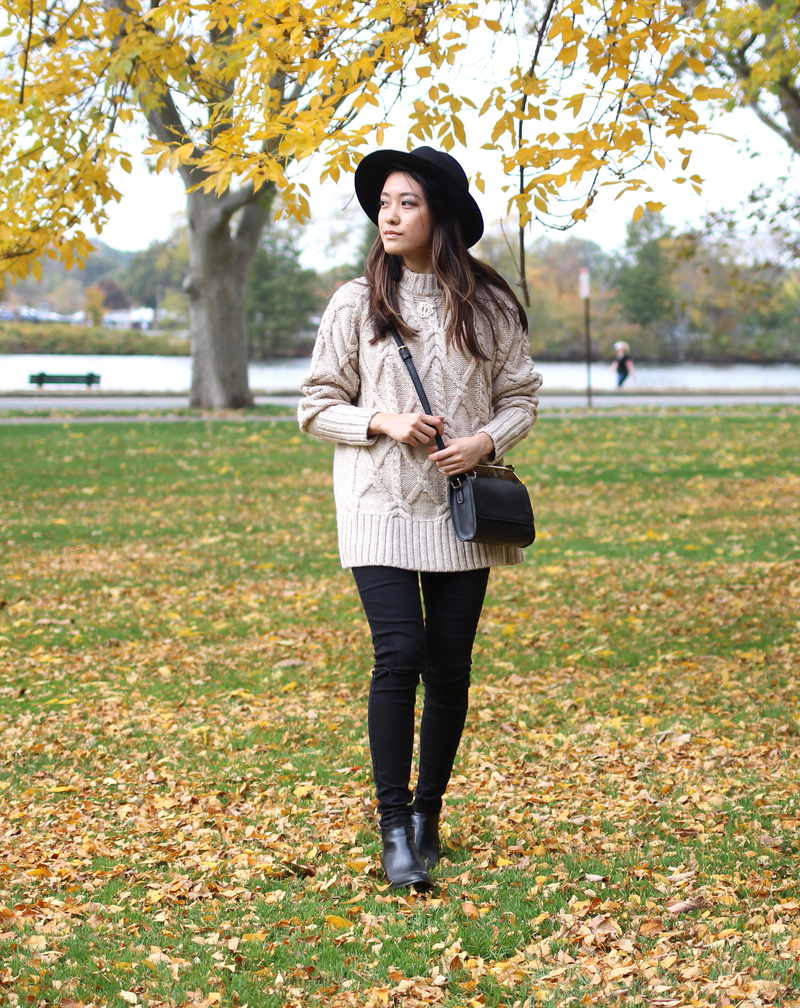 Yellow leaves everywhere! Fall outfit inspiration