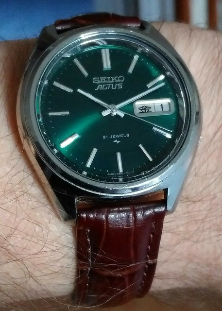 Let us see your Seikos  - Page 2 24018985381_50171d5343_z