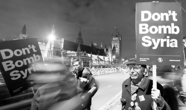 David Cameron  - Don't bomb Syria !