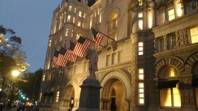 2016-11-10 即將參於 川普 當選慶祝宴會 (華盛頓川普飯店) (1)