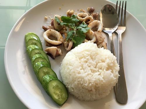 今日のサムイ島 11月18日 ニュースターリゾート近くのタイ料理レストラン