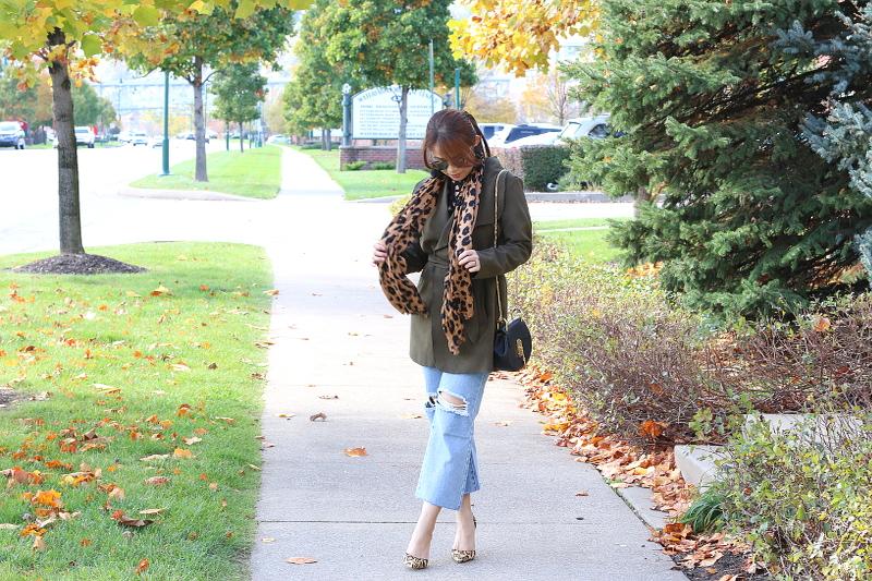olive-green-coat-kick-flare-jeans-leopard-scarf-3