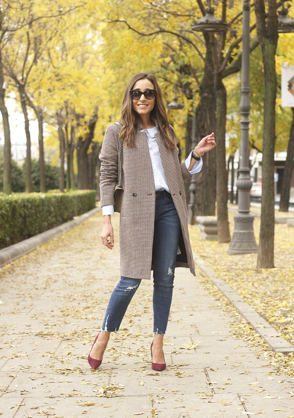 Houndstooth Coat striped shirt burgundy uterqüe heels gucci bag outfit style fashion06