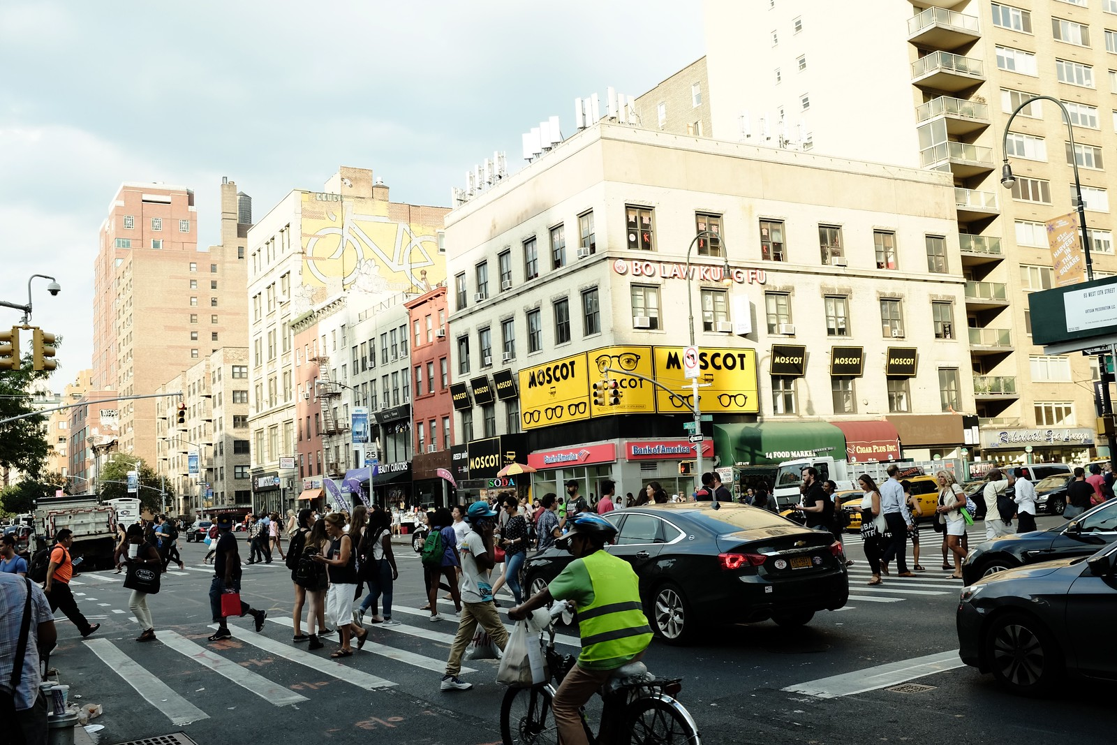 The NEW YORK by FUJIFILM X100S.
