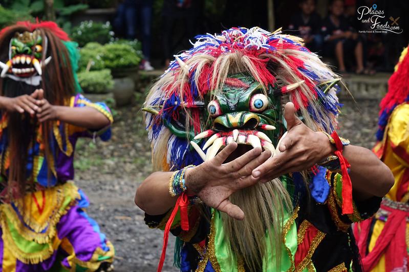 jogja lek ak tradtional dance