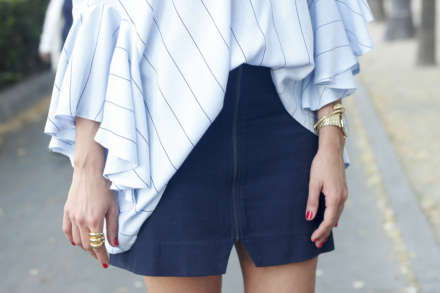 Blue Striped Tie V Back Ruffle Sleeve Blouse blue skirt bronze heels outfit style fashion12