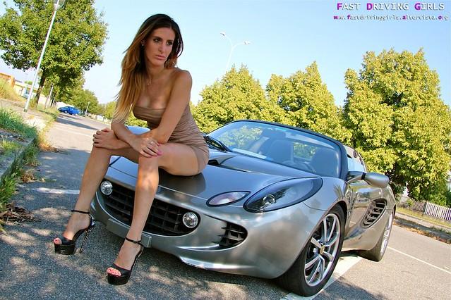 068 Sarah Lotus Elise