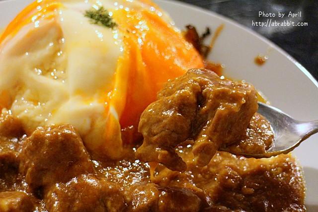 [台中]異鄉人咖哩 日式食堂–日籍主廚料理,滋味超棒的日式咖哩,每種口味都好好吃啊!@西區 向上北路 勤美