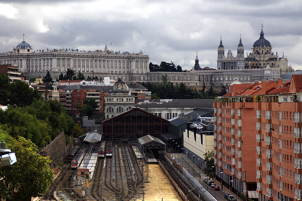 La estación del Norte, La Almudena, el Palacio Real,