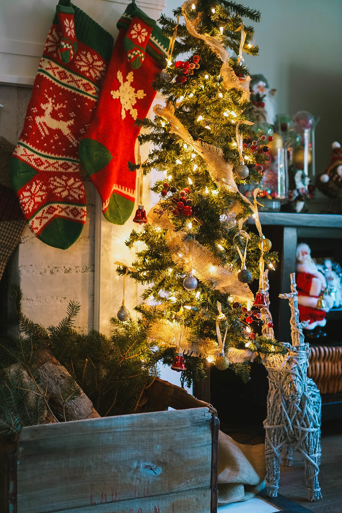 Slim Christmas Tree | Traditional Modern |Transitional Christmas Living Room Decor | Holiday Decorations