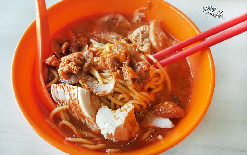 kajang chop tong sing curry noodles