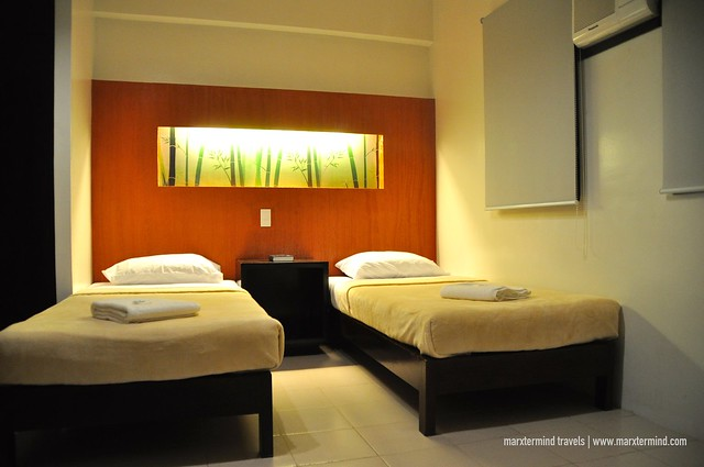 The Hostelry Bacolod Twin Room
