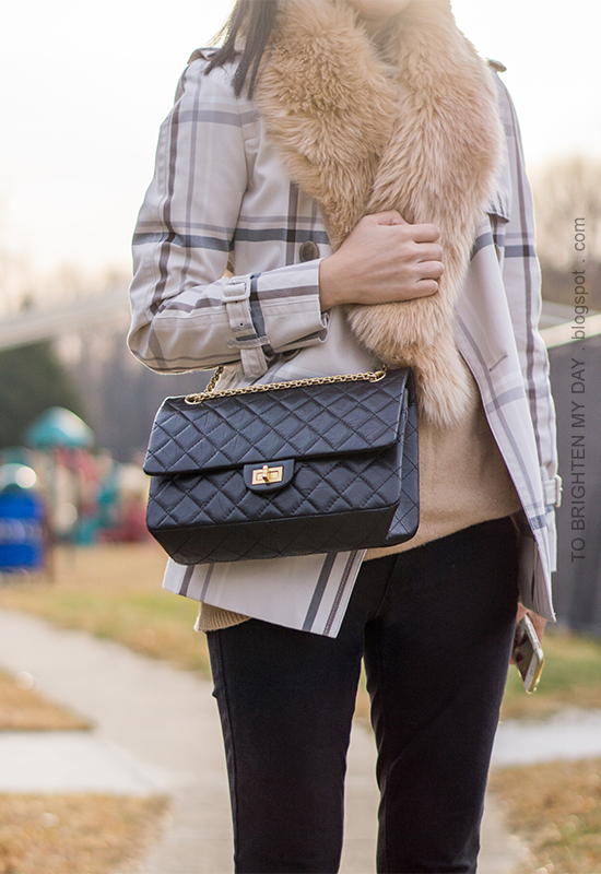faux fur scarf, plaid short trench coat, camel tunic sweater, black skinny pants, black crossbody bag