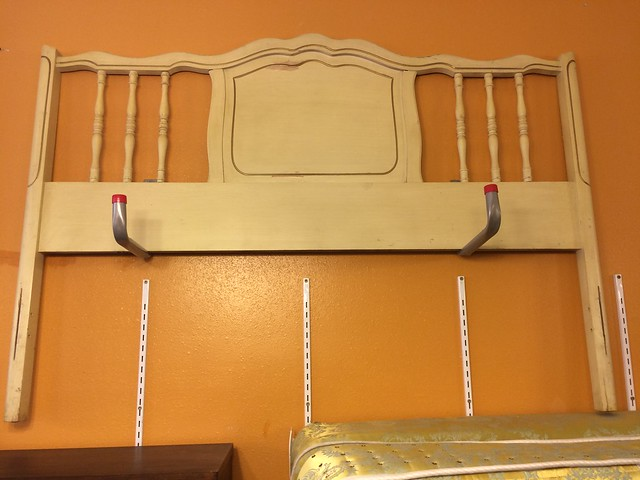 Beds / Frames / Headboards