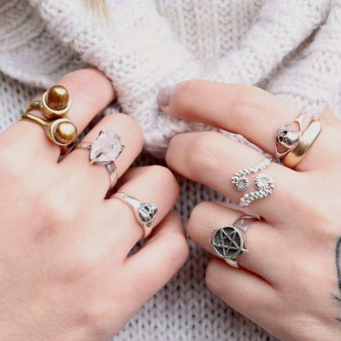 rings, ring collection, katelouiseblog, accessories, iris ben david jewellery, knitwear,