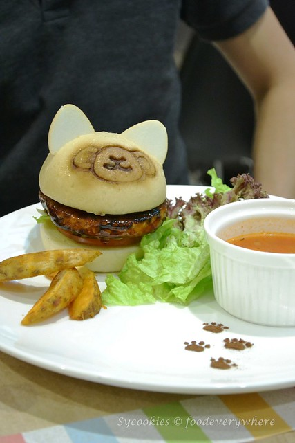10.Alpacasso Café @ Aeon Mid Valley Megamall
