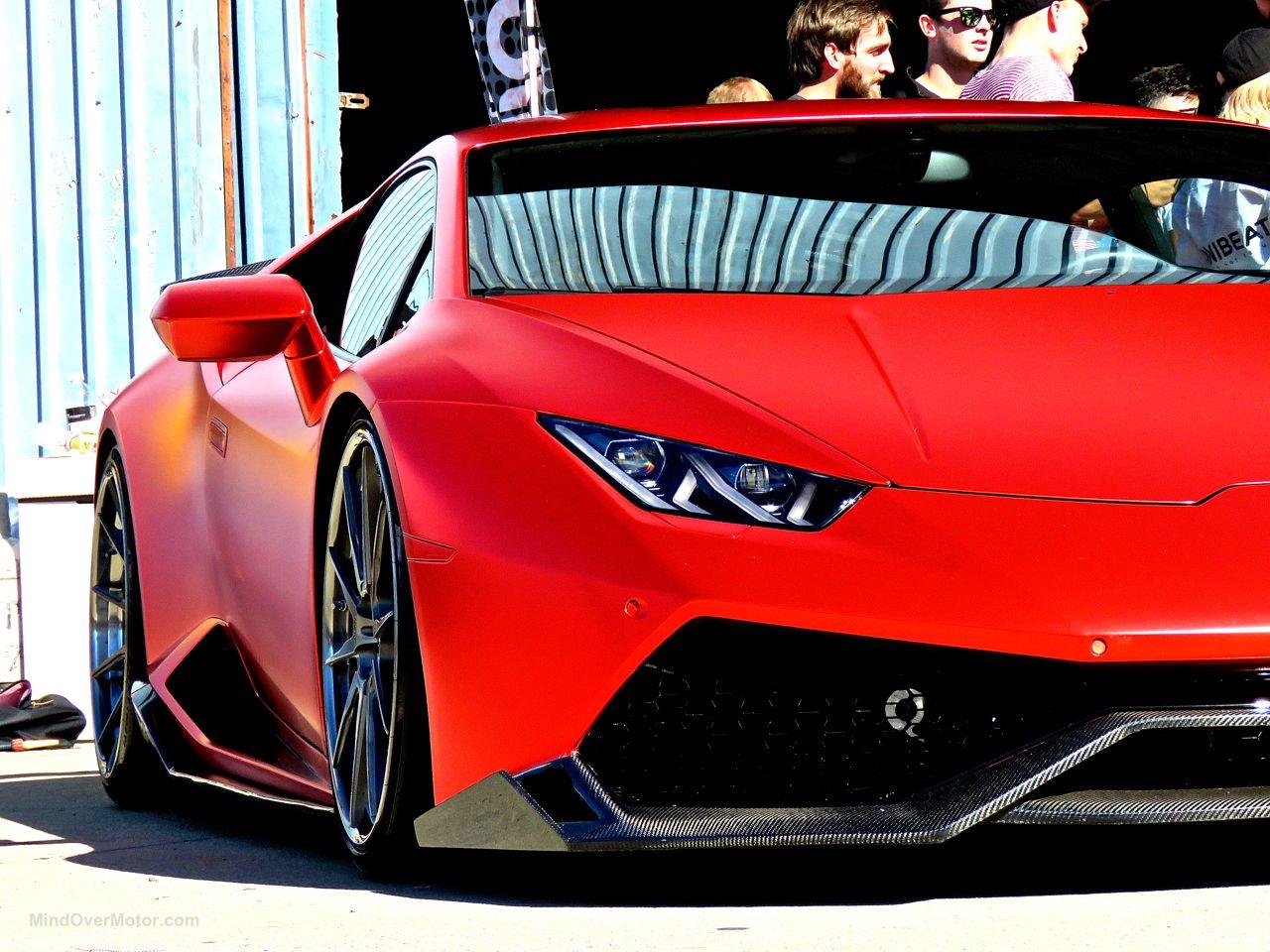 Slammed Lamborghini Huracan 1