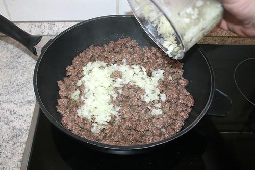 24 - Zwiebel hinzufügen / Add onion
