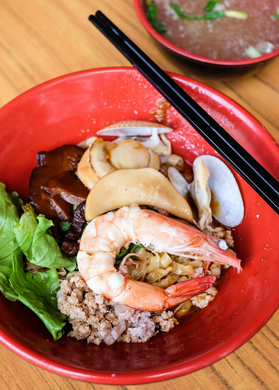 新加坡东部早餐:雍和巴乔米海鲜面