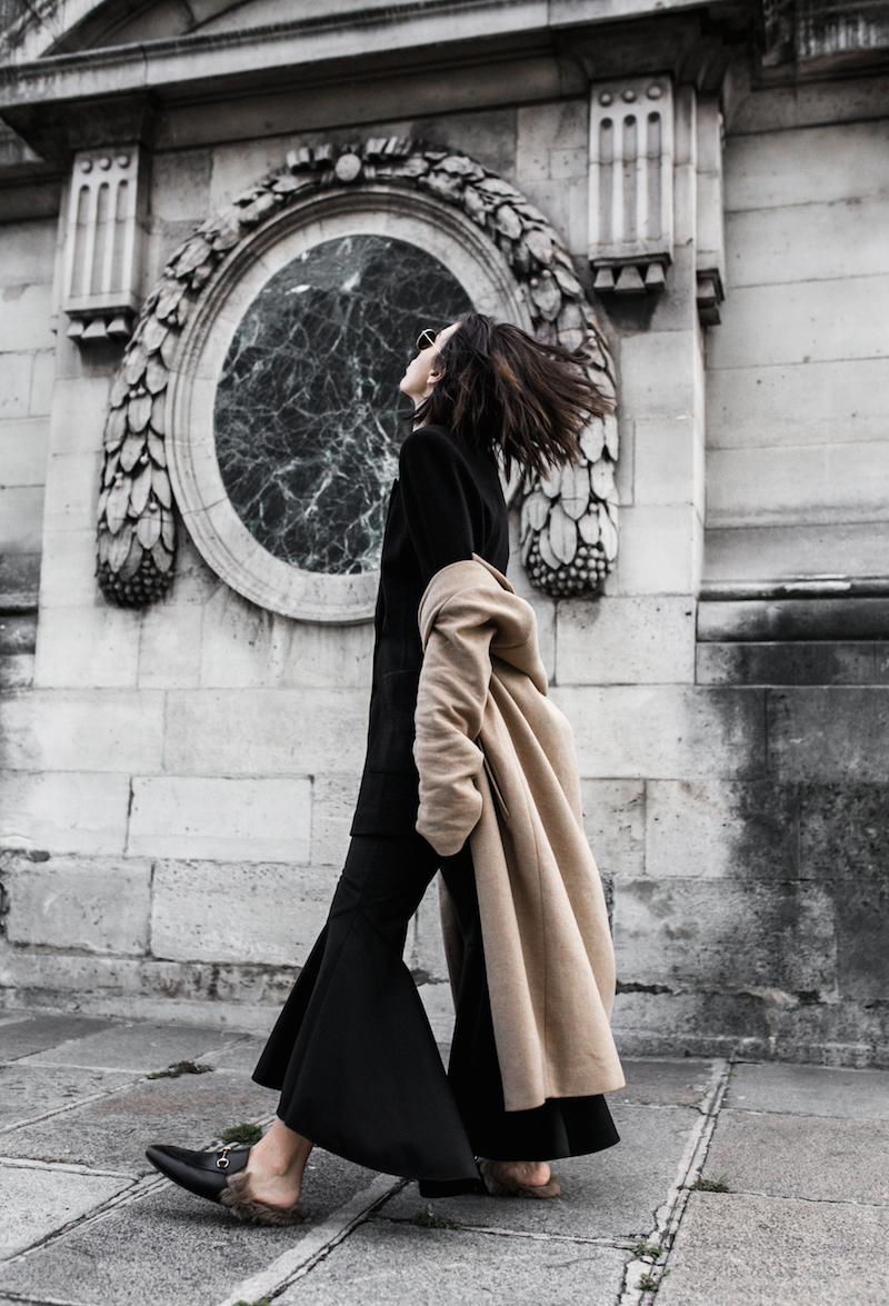 paris street style camel coat ellery flares gucci princetown fur loafers fashion blogger modern legacy (8 of 10)