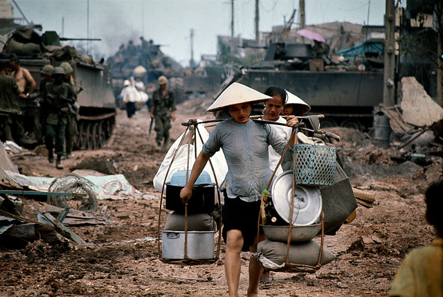 manhhai - The battle for Saigon 1968 - Photo by Philip Jones Griffiths