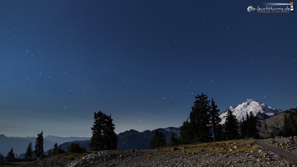 Starry sky above Mount Baker