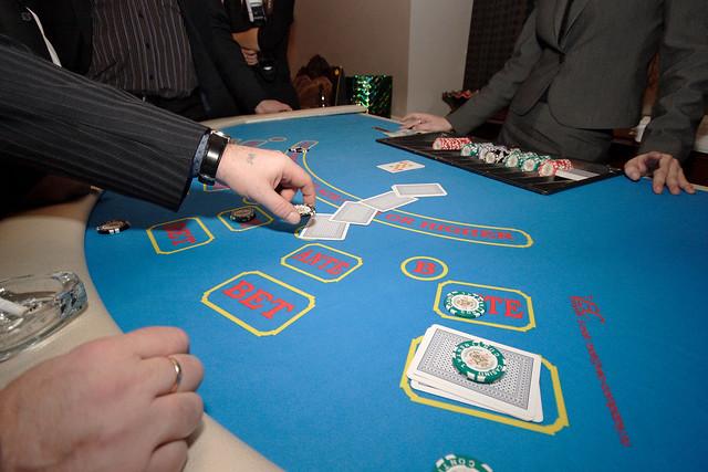 Законы игроков казино онлайн казино со ставкой 10 копеек на красное и черное