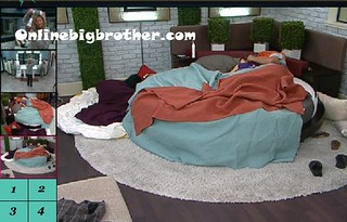 BB13-C4-7-28-2011-9_37_23.jpg | by onlinebigbrother.com