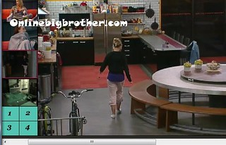 BB13-C3-8-2-2011-2_27_50.jpg | by onlinebigbrother.com