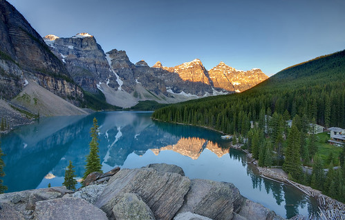 Sunrise on Lake Moraine | by Fil.ippo (AWAY)