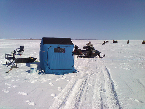 Gisp ice fishing on devils lake 02 nd parks and for Devils lake nd ice fishing