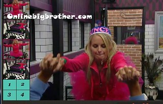 BB13-C3-8-18-2011-1_02_36.jpg | by onlinebigbrother.com