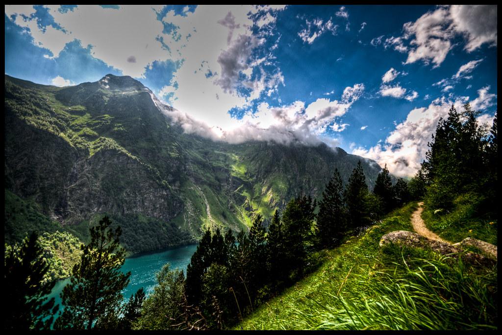 Le GR10: La randonnée incontournable des Pyrénées 12
