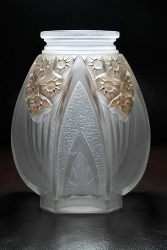 Art deco vase by muller fr res etienne flickr - Branche deco vase ...