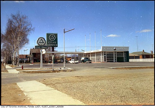 Cities Service Gas Station Queensway And Woolgar Avenue