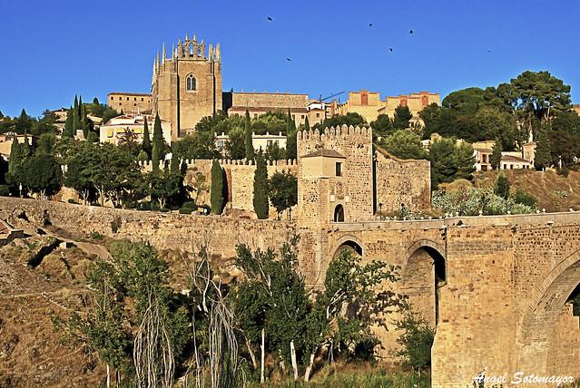 Toledo. San Juan de los Reyes y Puente San Martín
