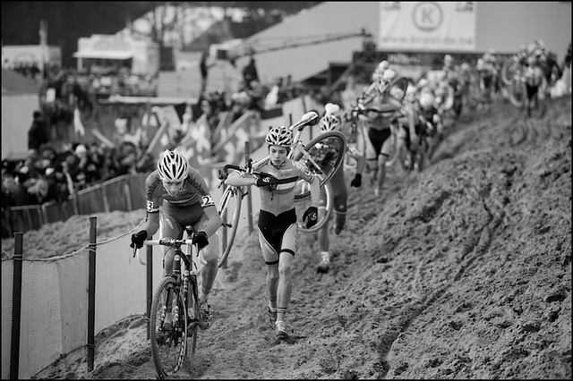 Mathieu Van Der Poel & Wout Van Aert: gold & silver (already in the first lap)