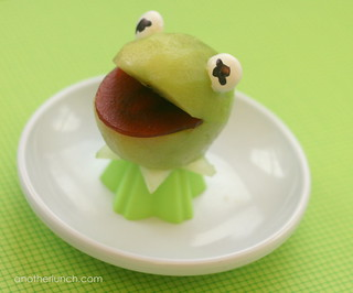 funny Kermit the frog snack | by anotherlunch.com