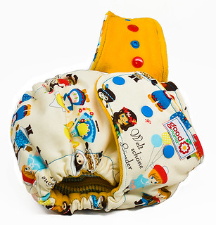 Around the World One-Size Fitted Diaper | by thegoodmama.com