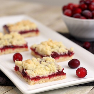 Brown Butter Cranberry Streusel Shortbread Bars | by Tracey's Culinary Adventures
