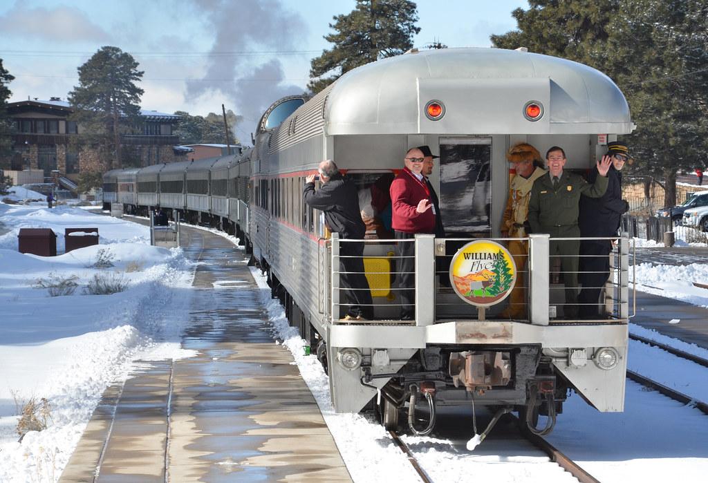 グランドキャニオン鉄道 アンテロープキャニオン観光 日本語ツアー