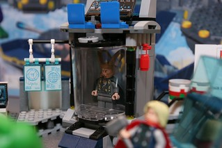 Toy Fair 2012 - LEGO Marvel Super Heroes - 6868 Hulk's Helicarrier Breakout - 17 | by fbtb