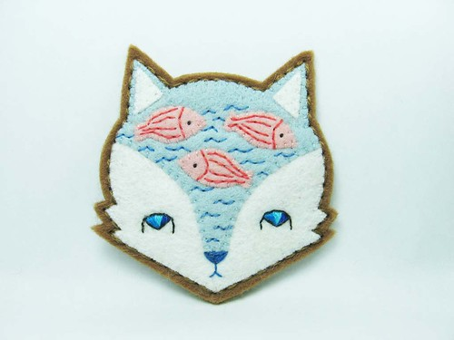 Fox mind - Lake of imaginary fish felt brooch | by hanaletters