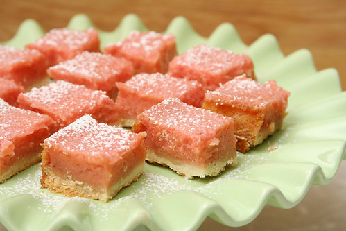 strawberry lemonade bars 8 | by crumblycookie