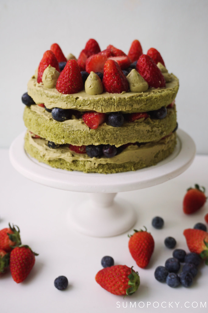 Matcha Berries Naked Cake Recipe