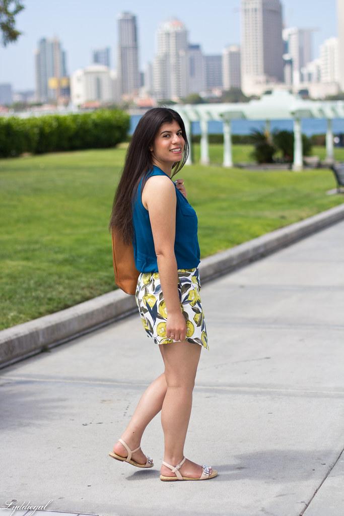 leomon print skort, teal blouse, jeweled sandals-4.jpg